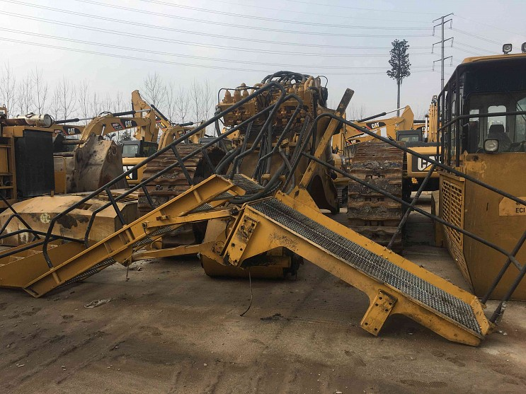 2013 Year CAT 6018 2270 Hours