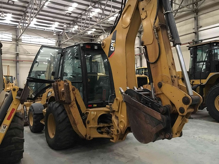 2007 CAT 450E Backhoe Loader 2500 Hours